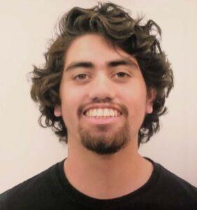 Carlos Serrano headshot